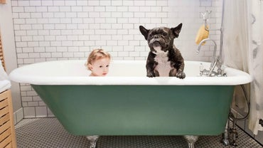 What Materials Are Bathtubs Made Of?