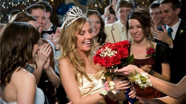 "What Is the Meaning of ""homecoming Queen""?"