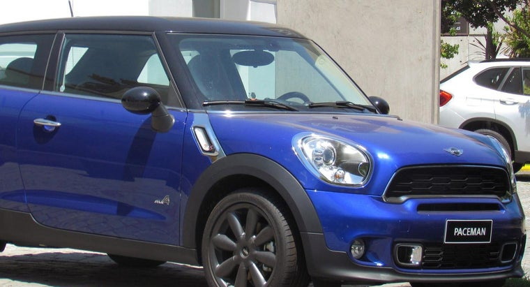 Who Makes Mini Cooper Cars