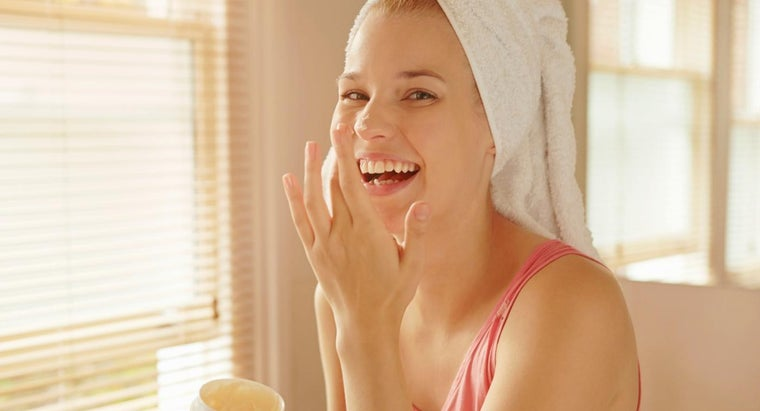 What Is the Best Moisturizer for Acne-Prone Skin?