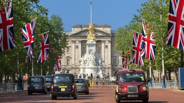 How Much Is Buckingham Palace Worth?