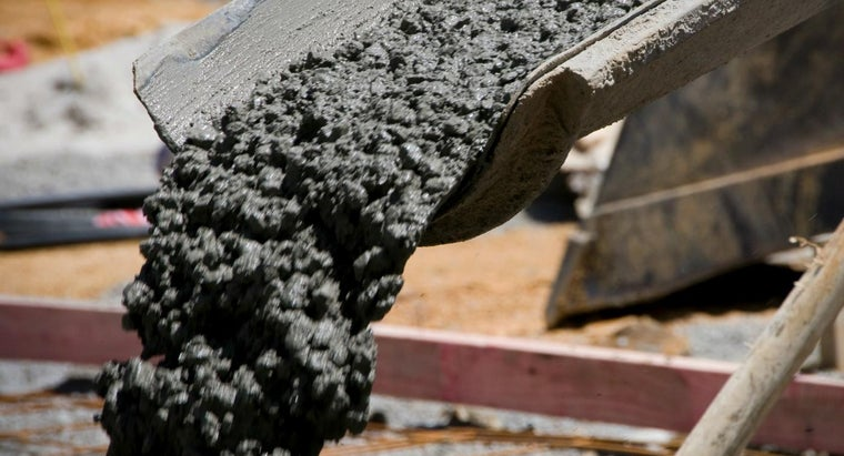 How Much Does a Cubic Yard of Concrete Weigh?