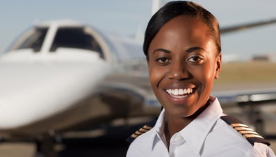 How Much Do Pilots Earn?