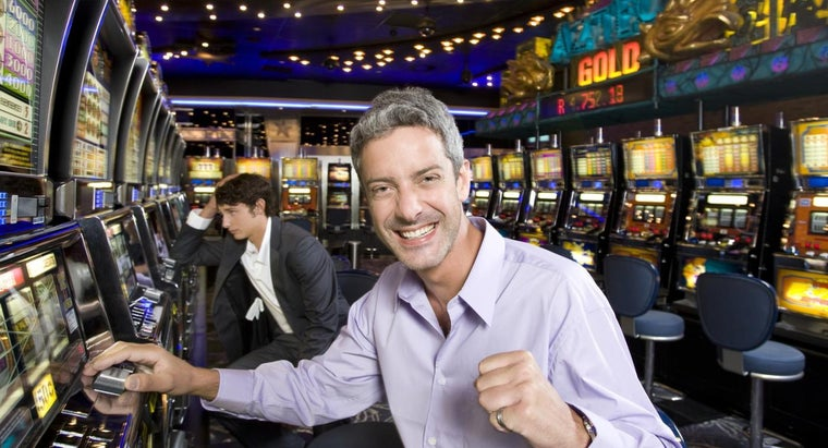When Must a Casino Complete a Tax Form on a Player's Winnings?