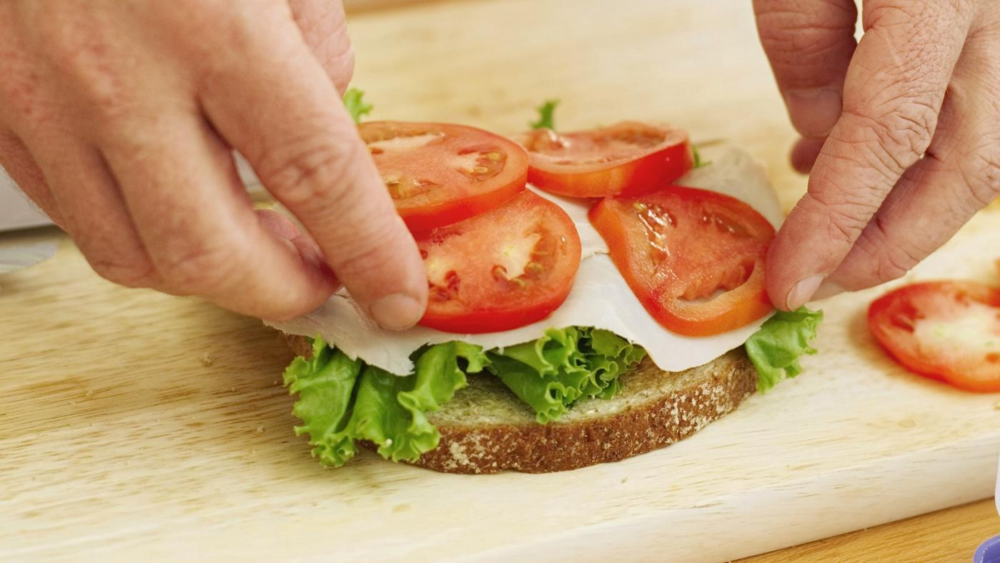 What Is Needed to Start a Sandwich Shop?