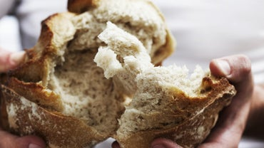 What Are the Nutrients Found in Bread?