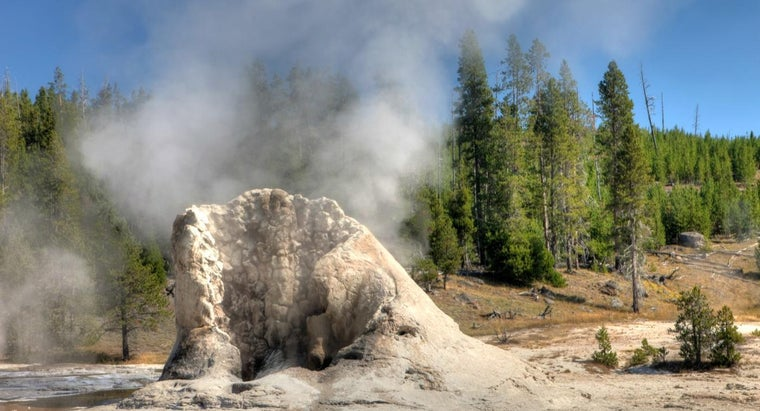 Is Old Faithful the Biggest Geyser at Yellowstone?