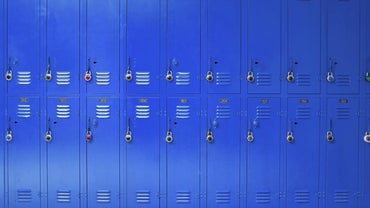 How Do You Paint Metal Lockers?