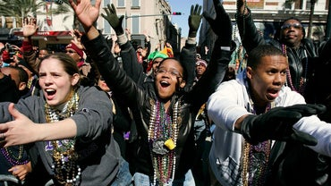 What Do People Wear to Mardi Gras?