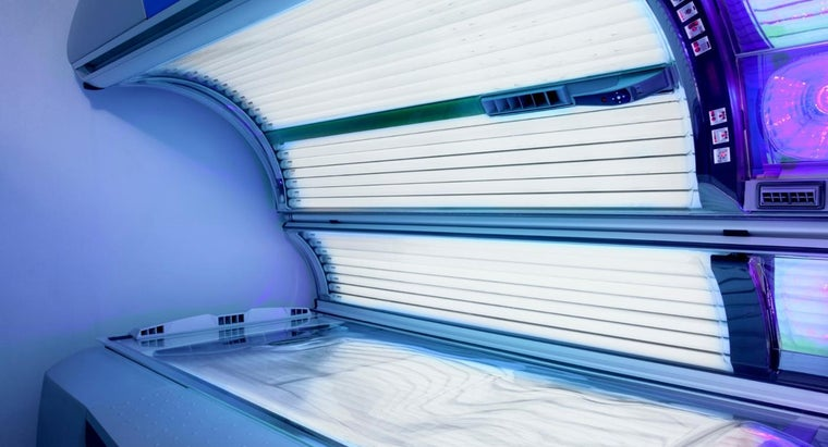 How Do You Get a Perfect Tan From a Tanning Bed?