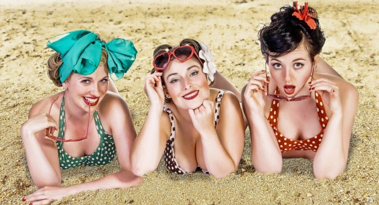 How Do You Plan a 1940s Party?
