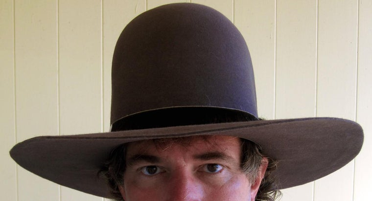 How Do You Play the Hat Game?
