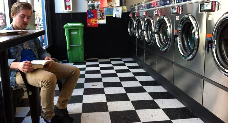 Does Polyester Shrink When It's Washed?