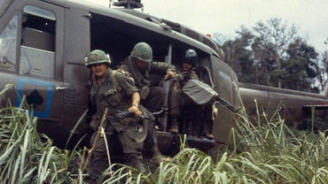 What Are Some Pros and Cons of the Vietnam War?