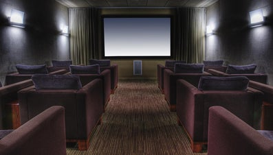 How Do You Purchase a Home Theater Stereo System?