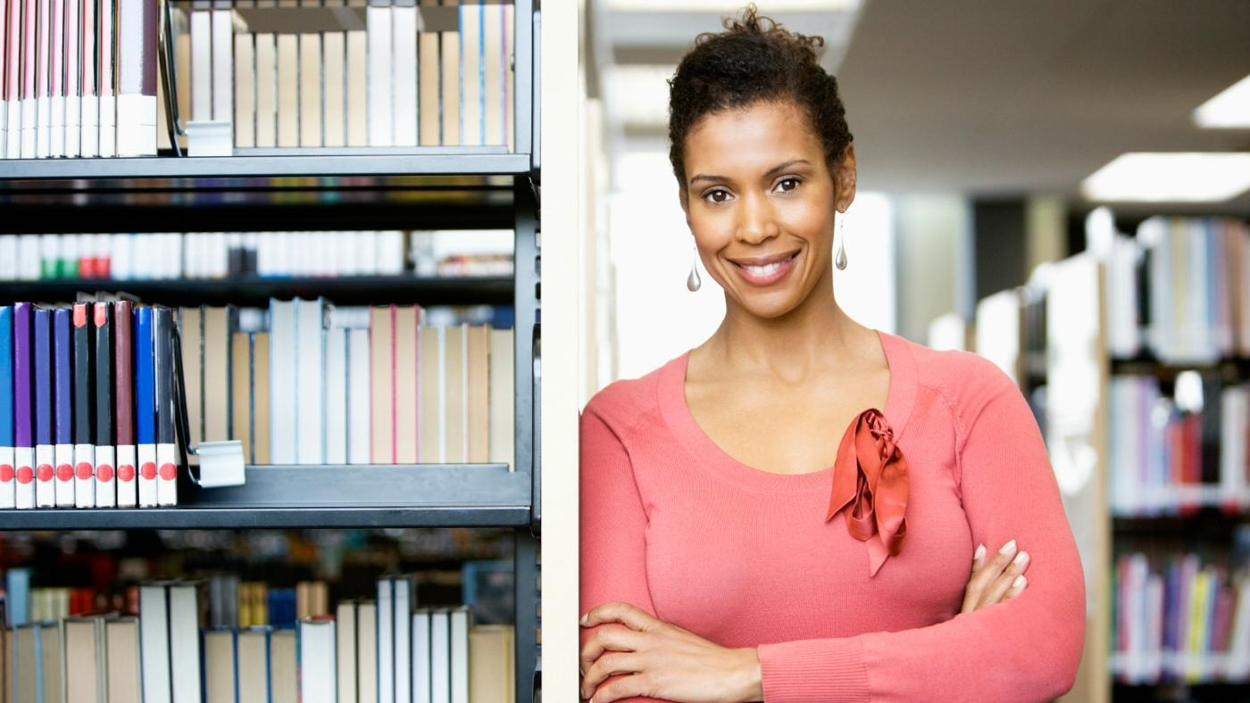 what are the qualities of a good librarian