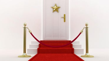 What Are Some Red Carpet Party Ideas?