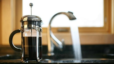 How Do You Remove Coffee Stains From a Stainless Steel Sink?