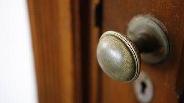 How Do You Remove A Kwikset Door Knob Reference Com