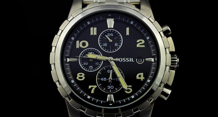 How Do You Remove Links From a Fossil Watch?