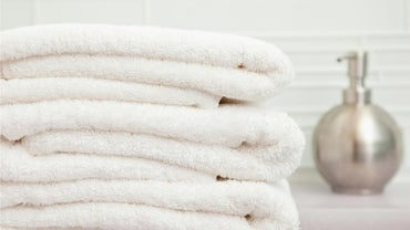 How Do You Remove Lint Balls From Towels?