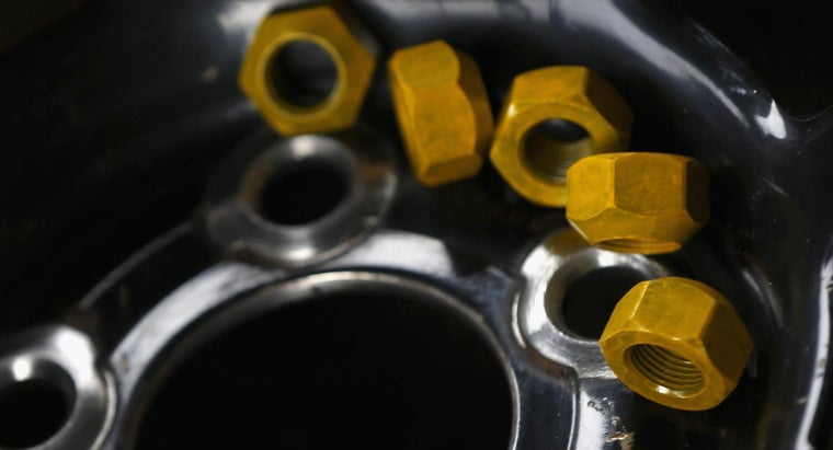 How Do You Remove Rounded Lug Nuts?