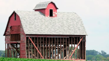 How Do I Renovate a Barn, and What Are the Costs?