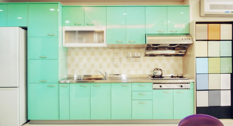 How Do You Repaint Kitchen Cabinets?