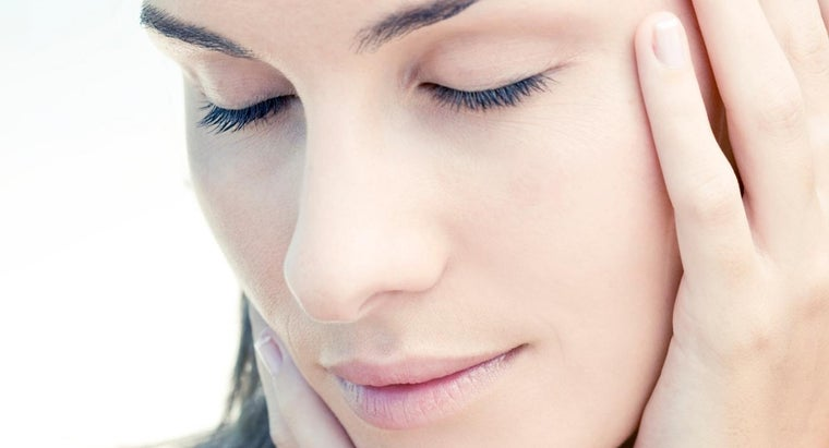 What Does Retinol Do for the Skin?