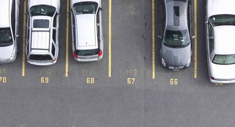 Who Has the Right-of-Way in a Parking Lot?