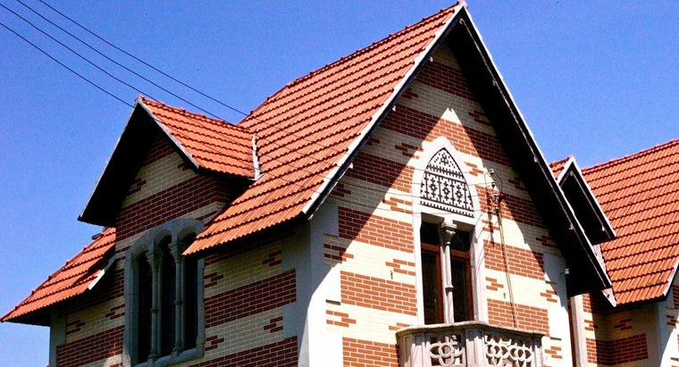 What Is a Roof Overhang Called?
