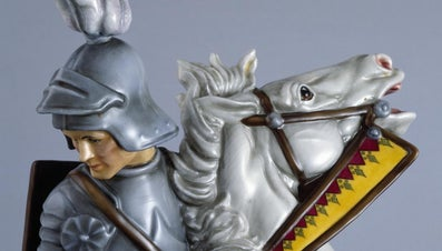 What Are Royal Doulton Figurines?