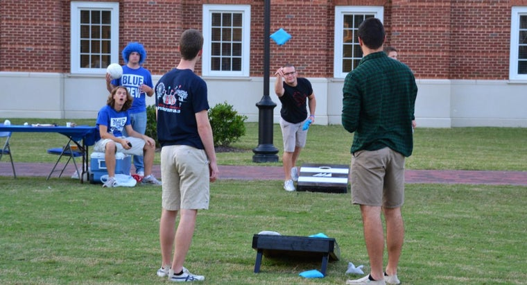 What Are the Rules for Corn Hole?