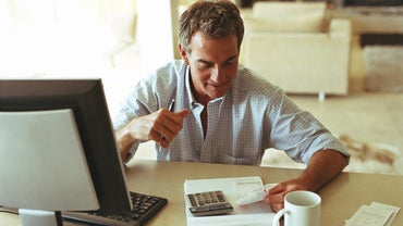 What's the Difference Between a Credit Report and a Credit Score?
