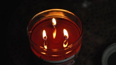 Do Scented or Unscented Candles Burn Longer?