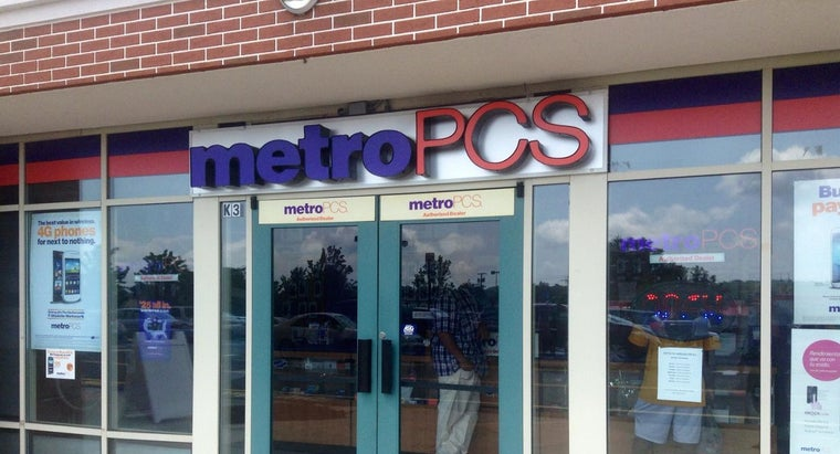 What Services Does MetroPCS Offer?