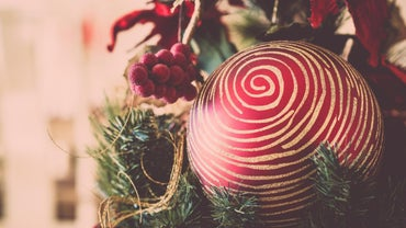 When Should Christmas Decorations Be Taken Down?