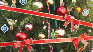 When Should You Take Down Christmas Decorations?