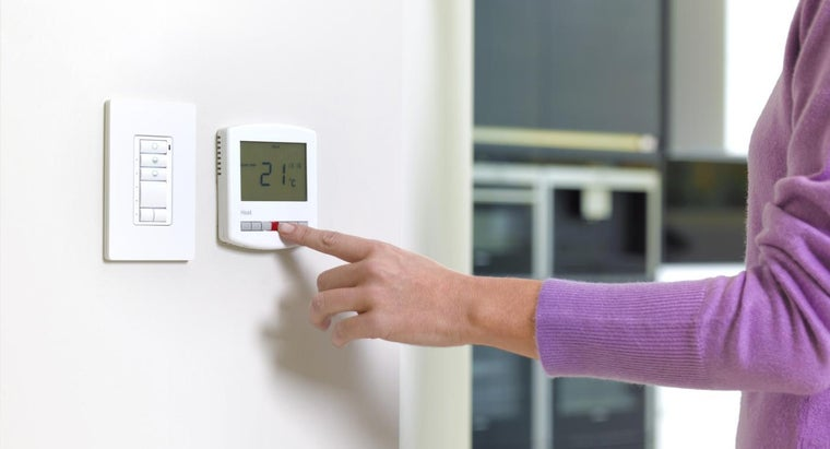 what should i set my thermostat at in the summer. Black Bedroom Furniture Sets. Home Design Ideas