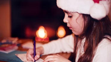 What Should Someone Write in a Christmas Card?