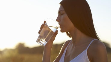What Are the Side Effects of Drinking Alkaline Water?