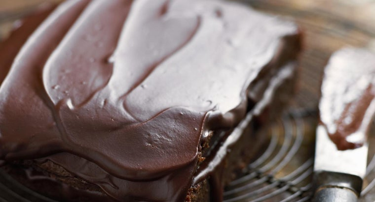 Are There Any Simple Sugar-Free Chocolate Icing Recipes Available Online?