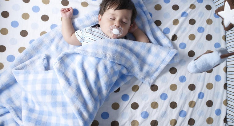 What Size Is a Crib Blanket?
