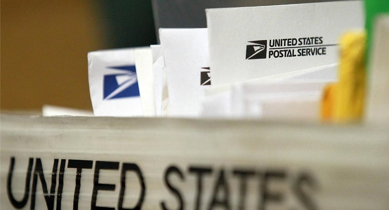 What Are the Sizes of USPS Envelopes?