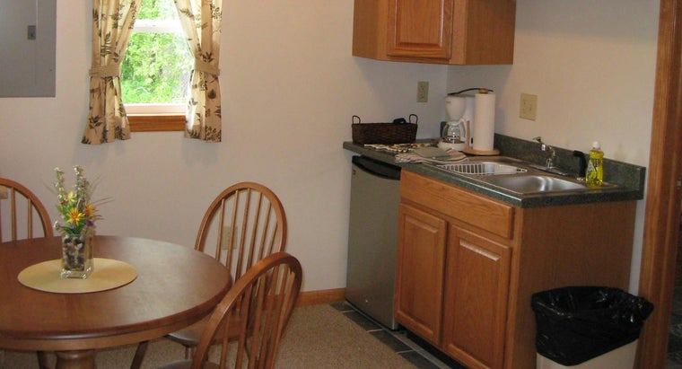 What Are Some Small Kitchen Design Ideas?