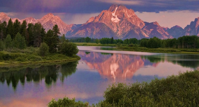 Where Is the Snake River Located?