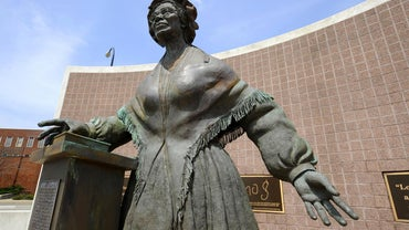 "What Is Sojourner Truth's Poem ""Ain't I a Woman"" About?"