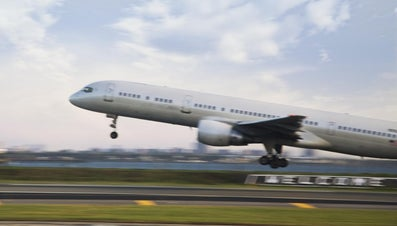 What Is the Speed of a Plane During Takeoff?