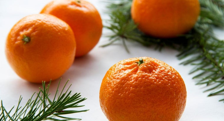 What Is the Meaning of an Orange in a Christmas Stocking?