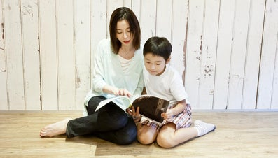 How Do You Submit an Article to Parenting Magazine?